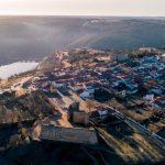 Venha visitar Miranda do Douro: a língua, o castelo e a posta mirandesa